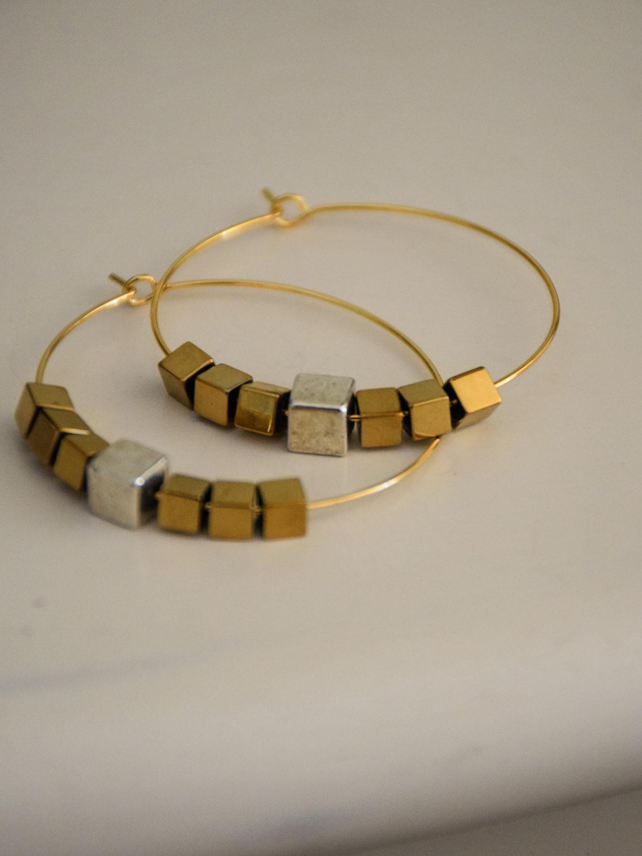 creoles-pixel-creation-de-bijoux-par-les-delires-de-lolotte